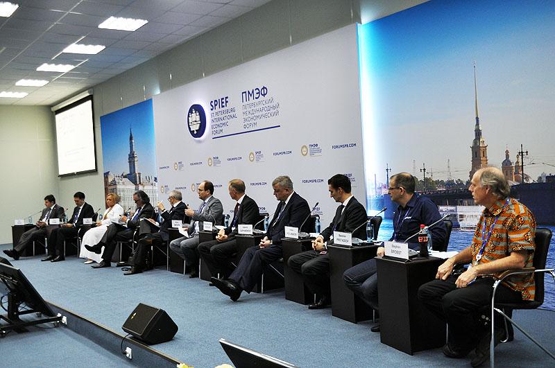 12NEWS: Инженерный Клуб :: Инженерный клуб на Петербургском международном экономическом форуме